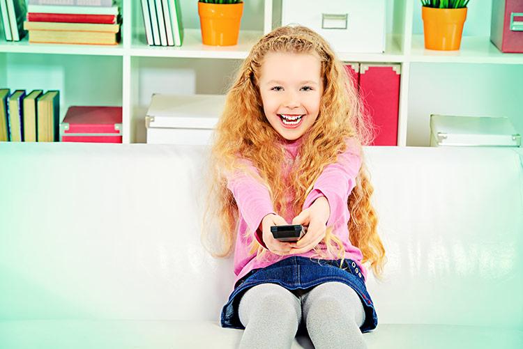 Dětská závislost na televizi | Foto: Shutterstock