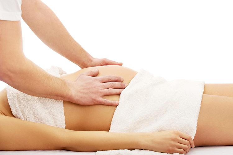 Těhotenská relaxační masáž | Foto: Shutterstock