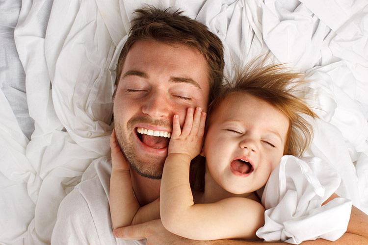 Tatínek a malá dcera | Foto: Shutterstock