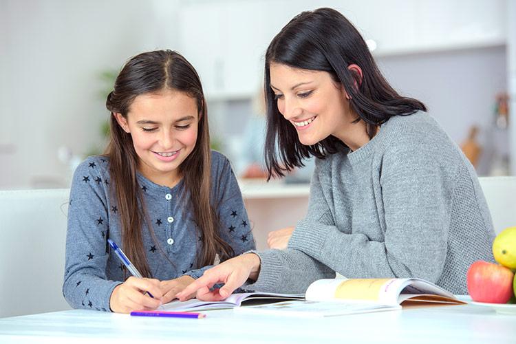 Pomoc s domácími úkoly | Foto: Shutterstock