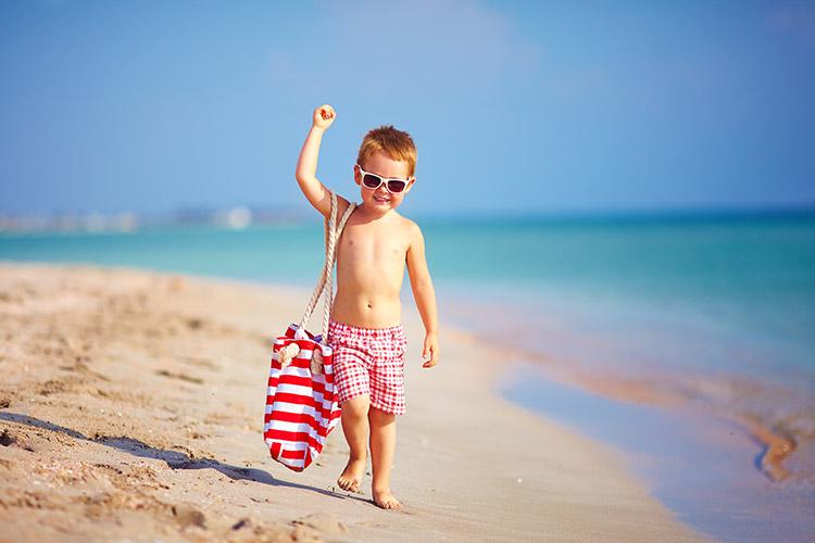 Dítě u moře | Foto: Shutterstock