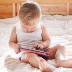 Naše dítě je závislé na tabletu